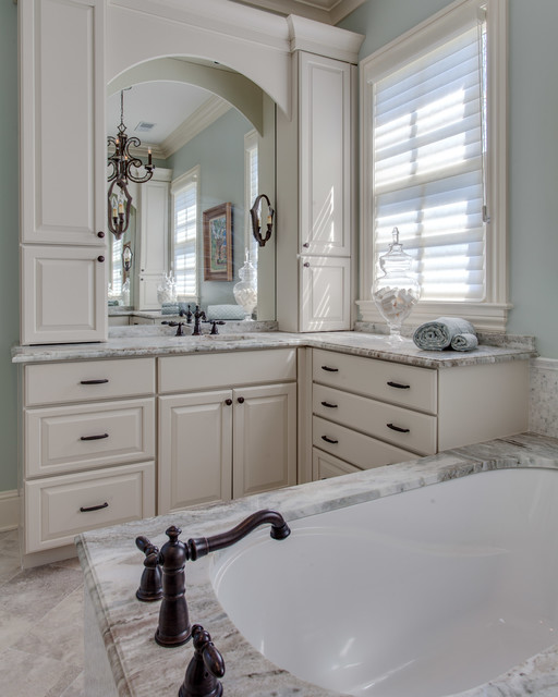 Foster Hill Kitchen Traditional Bathroom Nashville By Hermitage Kitchen Design Gallery