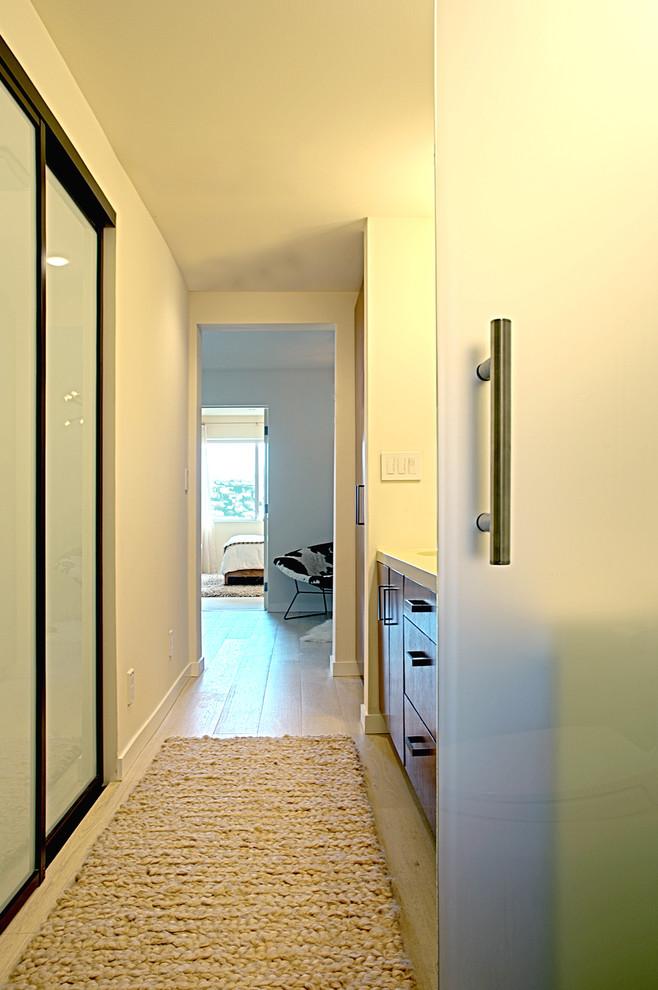 Bathroom - contemporary bathroom idea in San Francisco with flat-panel cabinets