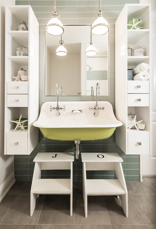 Beach Style Bathroom by Allendale Architects & Building Designers Z+ Architects, LLC