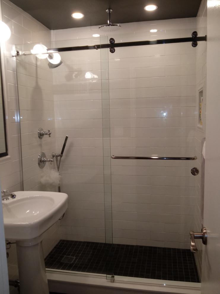 Frameless Barnstyle Slider with Towel Bar