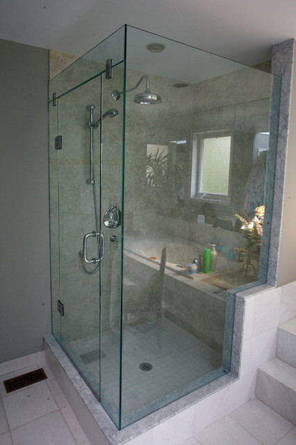 Frameless Corner Shower With Glass Header Support Panel Modern