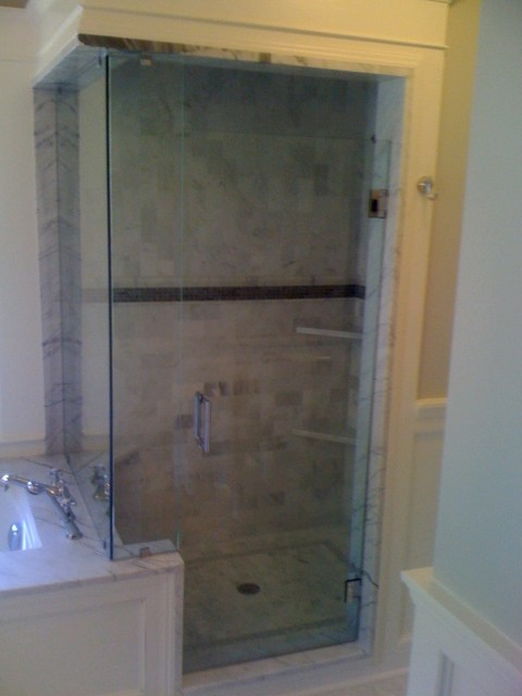 Frameless shower enclosure non steamseal traditional for Non see through glass for bathrooms