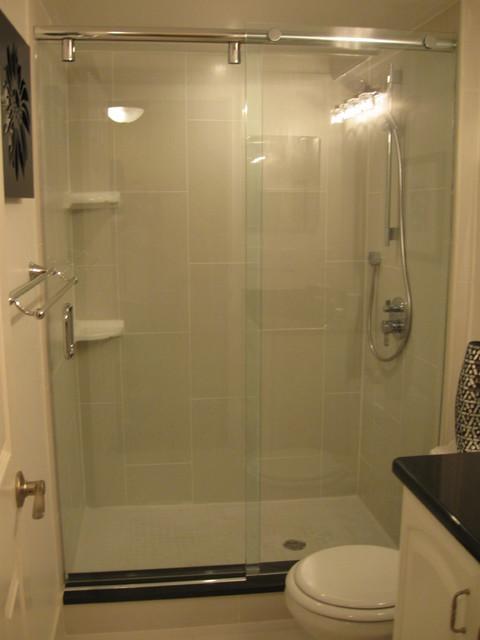 Frameless Shower Slider modern-bathroom