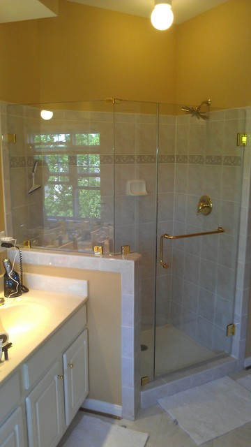 Frameless Shower With Knee Wall Traditional Bathroom