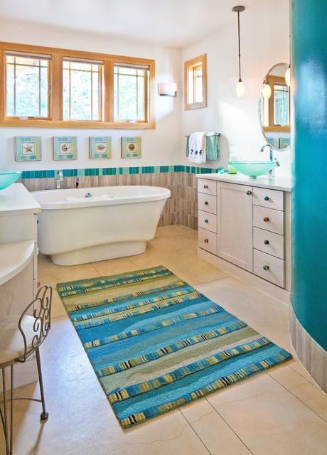 Frank Lloyd Wright Inspired House craftsman-bathroom