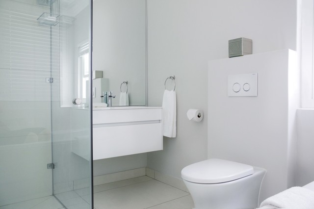 Franschhoek Guesthouse - The Grapevine contemporary-bathroom