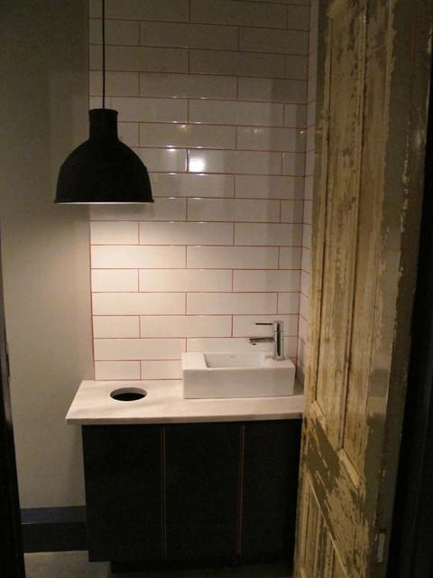 Fraser Restaurant Table 40 eclectic-bathroom
