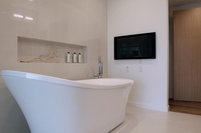Freestanding Tub Facing TV Modern Bathroom San Diego