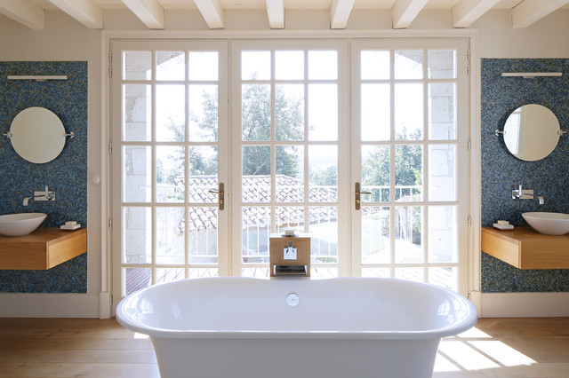 French country house campagne salle de bain londres for Salle de bain in french