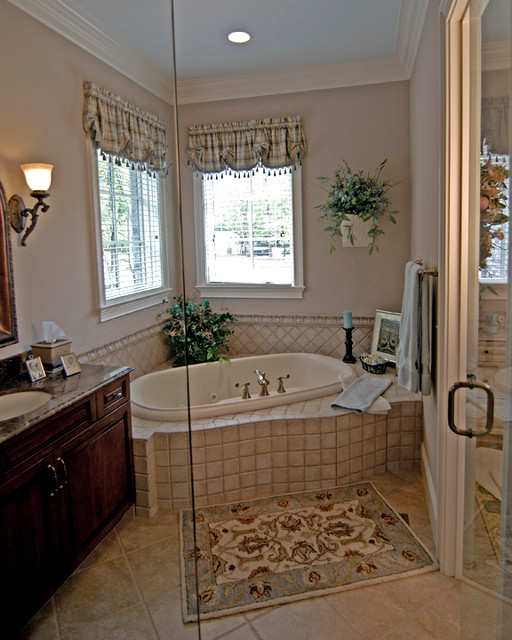 French country bathroom designs for Country bathroom ideas