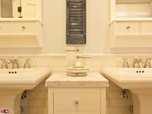 French Country Renovation Kids 39 Bath Woodland Hills Ca Beach Style Bathroom Los Angeles