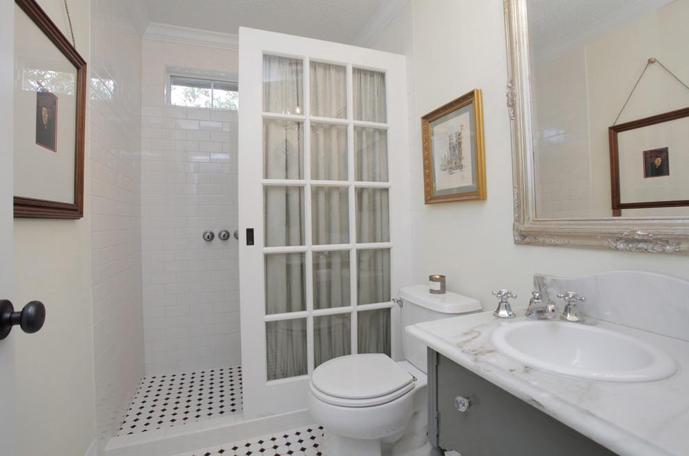 Eclectic bathroom photo in Dallas