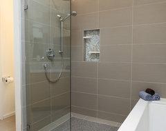 Mid Century Modern Master Bathroom midcentury-bathroom