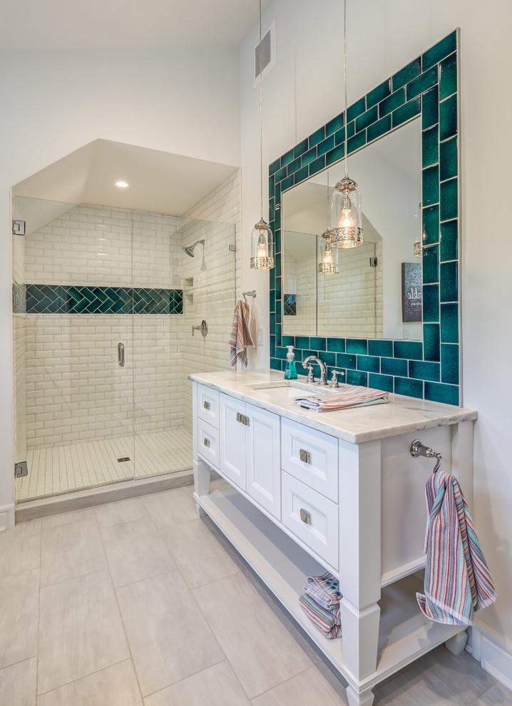 Functional & Fabulous Homarama White Bathroom Vanity ...