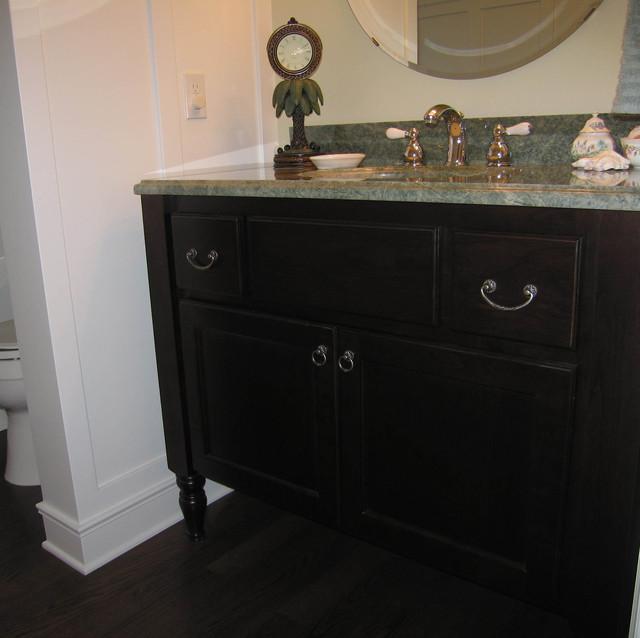 Furniture Vanity traditional-bathroom