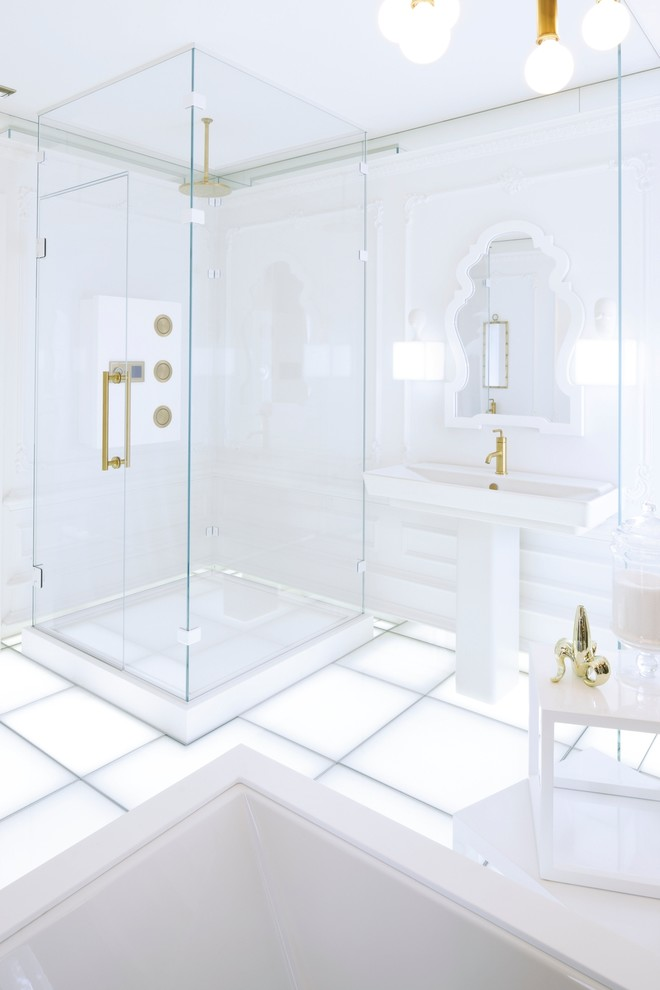 Inspiration for a contemporary bathroom remodel in Milwaukee
