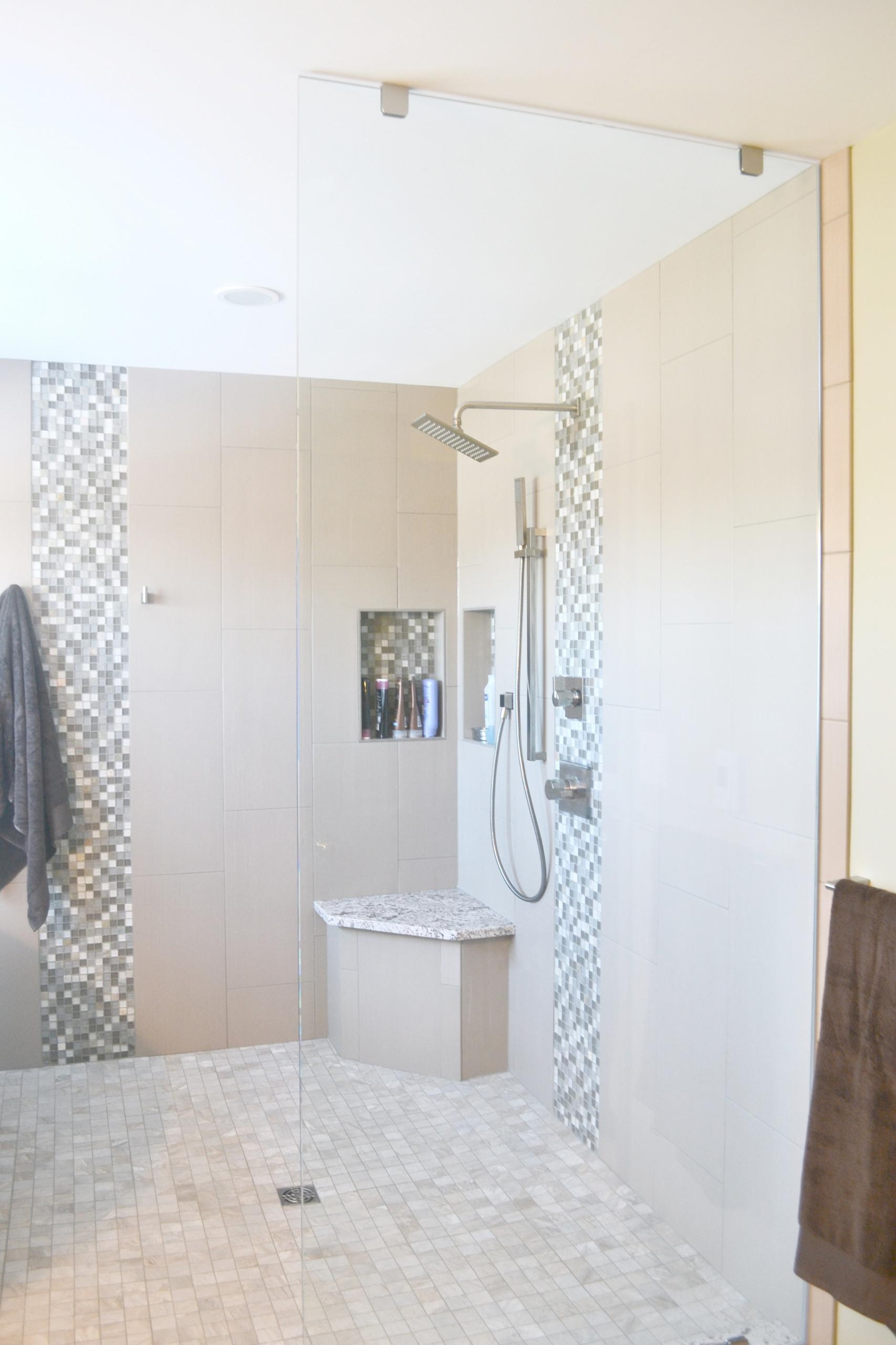 G Master Bathroom