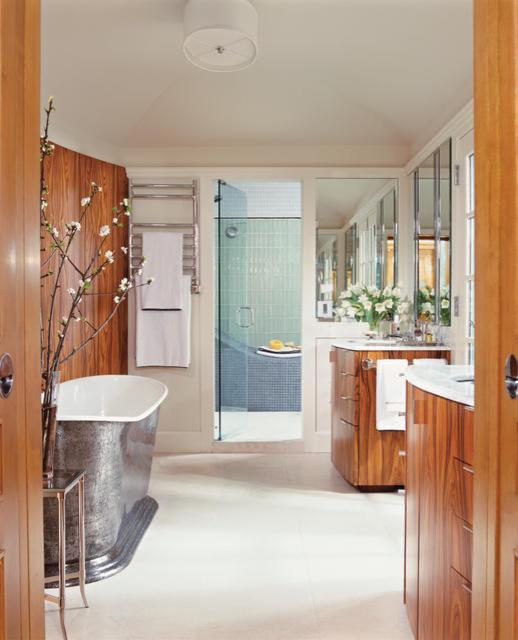 Gabled Estate traditional-bathroom
