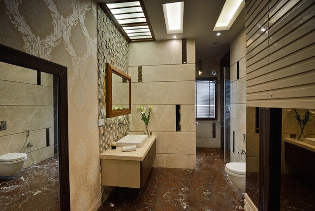 Gajendra yadav 39 s residence contemporary bathroom for Bathroom interior designers in delhi