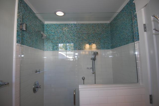GARY M. LANE contemporary-bathroom