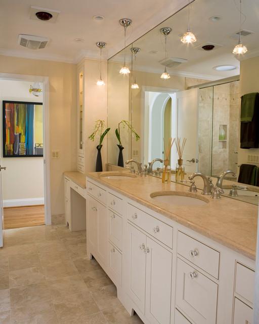 Gem on the Corner traditional-bathroom