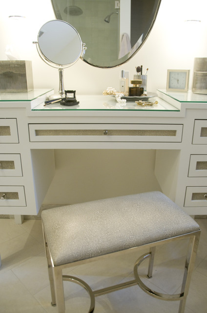 Georgetown Townhouse transitional-bathroom