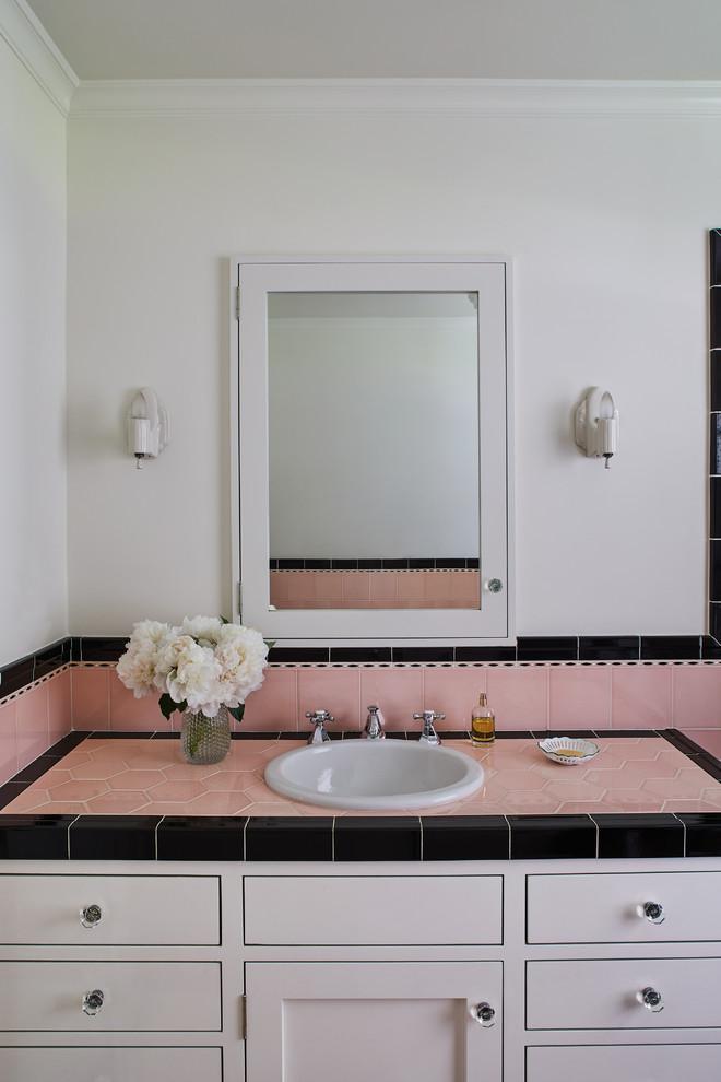 Girl's Bathroom - Vanity - Traditional - Bathroom - Los ...