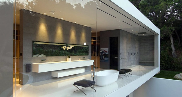 Modern Mansion Master Bathroom Plain