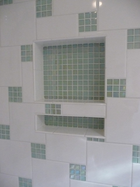 Glass Tile Accents In Shower Contemporary Bathroom