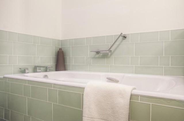 Glass tile modern bathroom modern bathroom for Bathroom tile philadelphia