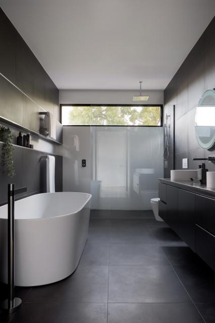Glen Waverley House Contemporary Bathroom Melbourne