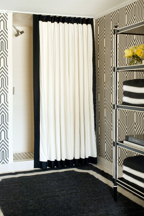 Gorgeous Black And White Bathrooms HuffPost - Black and white bathroom rugs for bathroom decor ideas