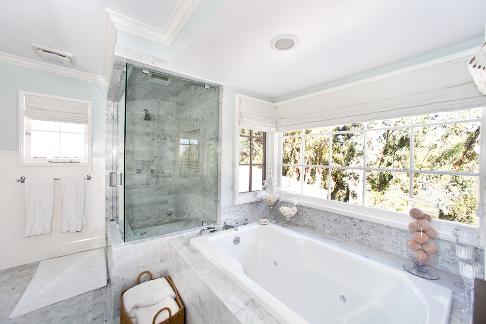 Trendy alcove shower photo in Los Angeles