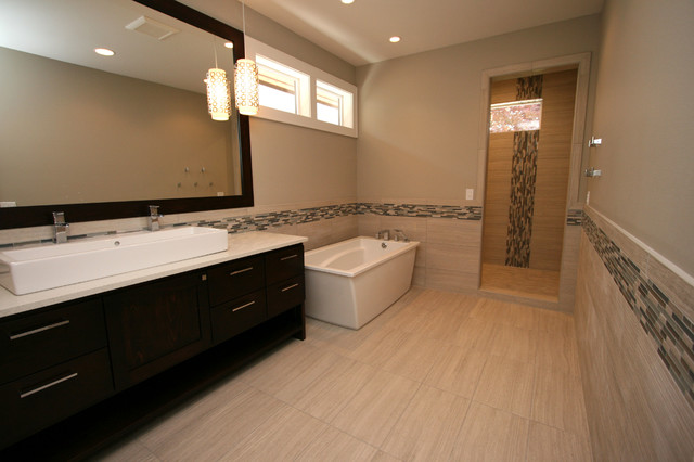 Golf Course Home Contemporary Bathroom Seattle By