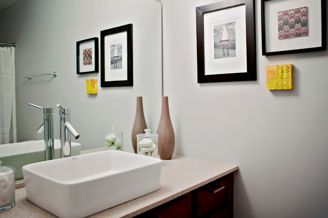 Gosnell Residence contemporary-bathroom