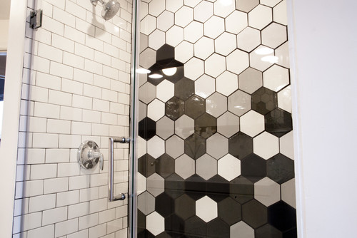 Gradient Black & White Hexagon Shower