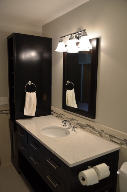 Innovative One And A Half Bathroom Home Located In The Up And Coming North East Side Of Grand Rapids Previously Rented For $1,100 A Month Would Make A Great Turnkey Income Property Or Owner Occupant Recent Updates Include