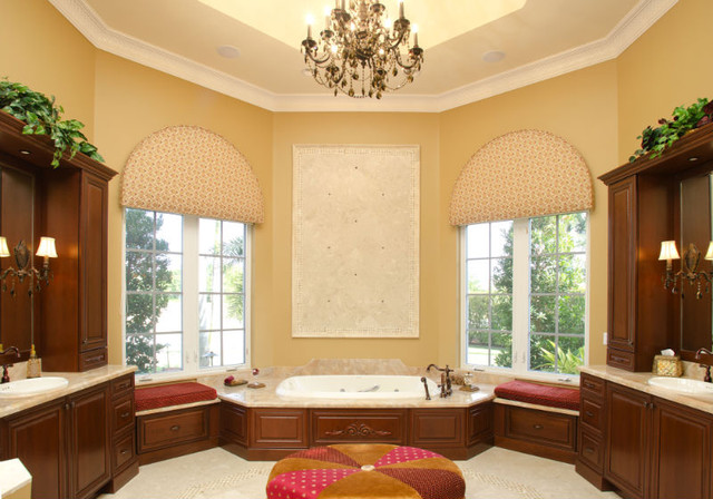 Grand Residence mediterranean-bathroom
