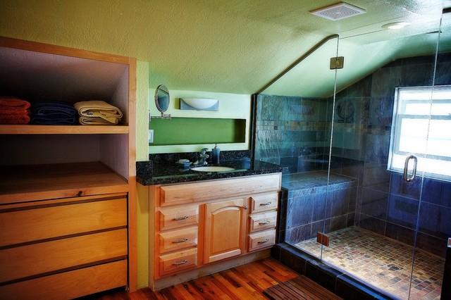 Granite Vanity Top w/ Clear Verde Uba Tuba Shower traditional-bathroom