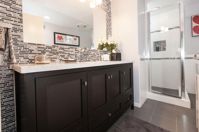 excellent grey white modern bathroom tile ideas | Gray & White Tile Modern Bathroom Design - Modern ...