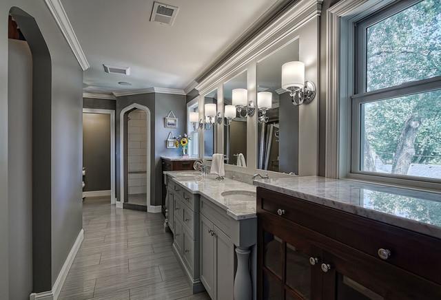 Gray bathroom traditional-bathroom