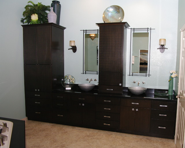 Great Gatsby House - Traditional - Bathroom - phoenix - by Arizona Kitchens and Refacing, Inc.