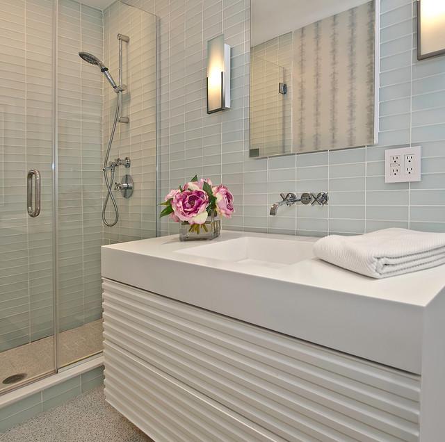 Great Neck modern-bathroom