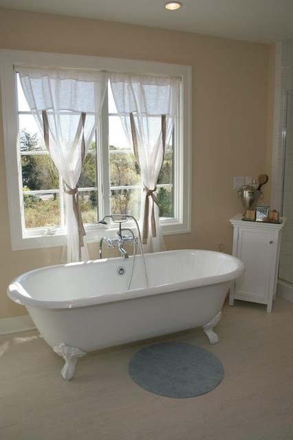 Green Apple Design Traditional Bathroom Grand Rapids