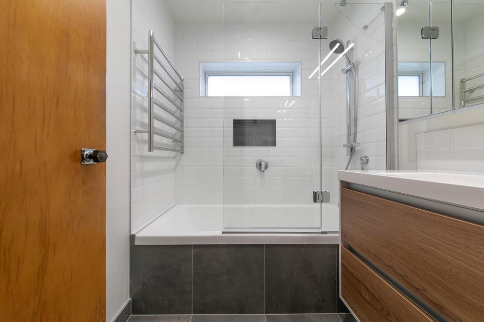 Green Bay bathroom and toilet - Contemporary - Bathroom ...
