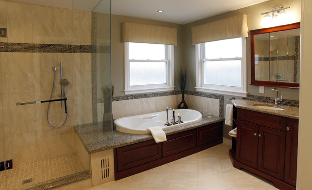 Green Gable Traditional Bathroom Toronto By