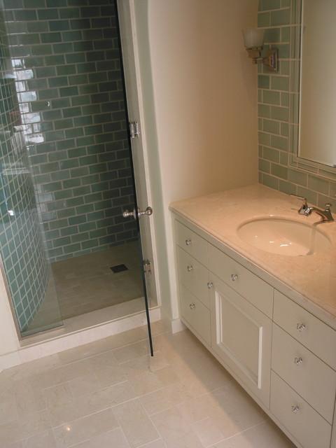 Green's traditional-bathroom