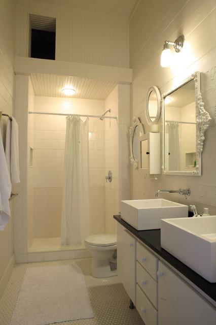 Greensboro House modern-bathroom