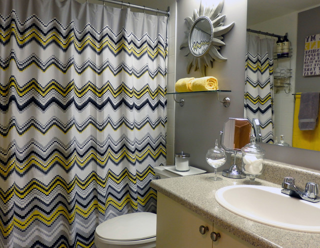 Grey and yellow bathroom modern bathroom toronto for Bathroom decor yellow and gray