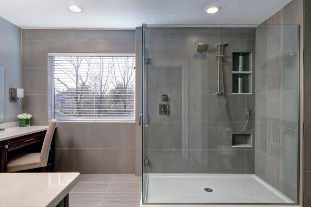 Image gallery modern grey bathroom for Grey modern bathroom design